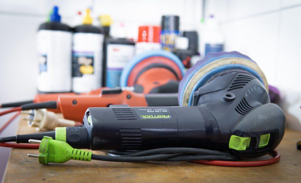 Werkzeuge zur Fahrzeugaufbereitung, Politur